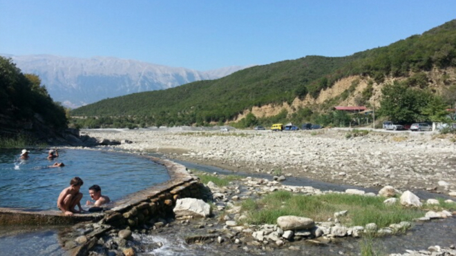 albanien-thermalpool