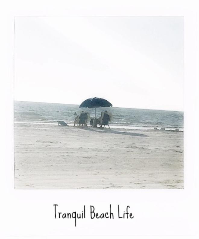 florida-fort-meyrs-beach-scenery-mit-sonnenschirm4