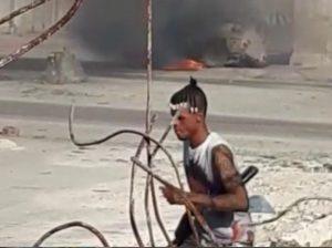Haïti-Affrontements : Des bandits armés défient la police et incendient un véhicule blindé au Bicentenaire