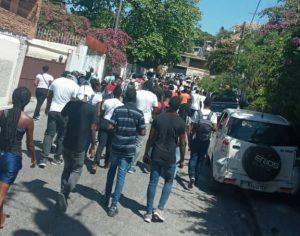 Haïti : Des étudiants de l'Université de Port-au-Prince réclament la libération du professeur Abbias Édumé