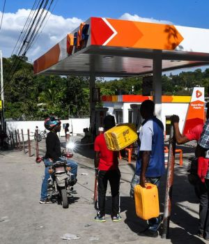 Haïti-Insécurité : Arrêt de travail des pompes à essence