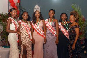 """Haïti-Société : Ronide Patricia Rondeau, 18 ans, couronnée """"Miss Lascahobas 2021"""""""