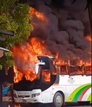 Haïti-Insécurité : Des bus incendiés à l'Arcahaie