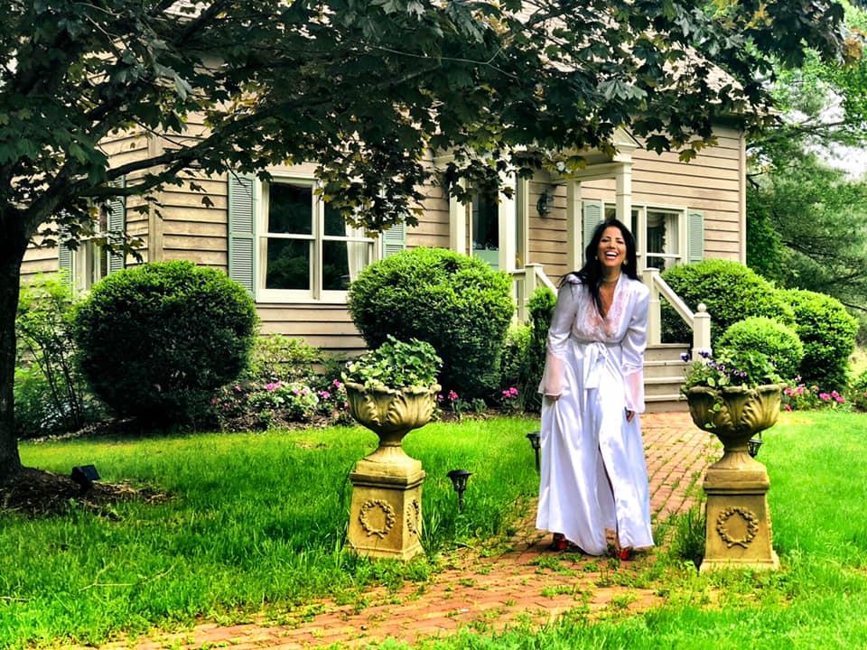 bride enjoys Anniversary getaway in Rappahannock VA