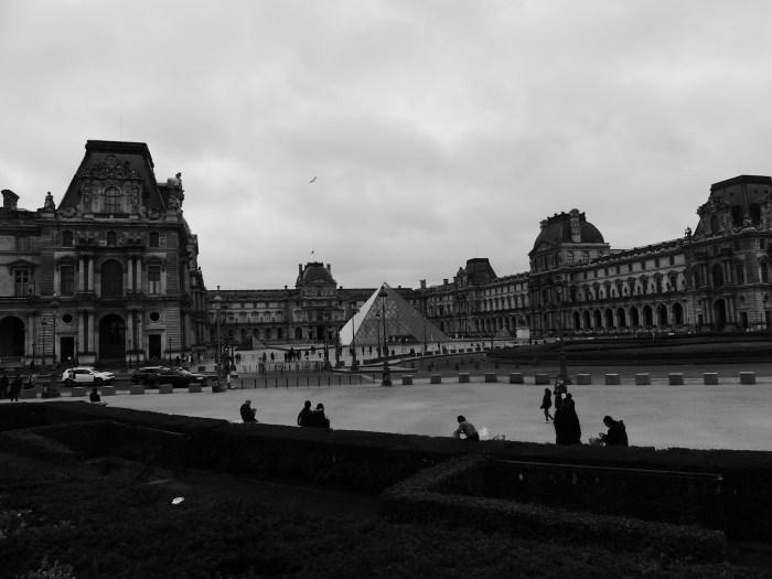 Comme tous les musées français, le Louvre est fermé jusqu'à nouvel ordre. Le musée le plus visité du monde (9,6 millions de touristes en 2019) a donc logiquement subi d'énormes pertes sur son nombre d'entrées cette année. Les touristes peuvent cependant le découvrir en réalité augmentée sur Internet. Photo : Antoine Allart
