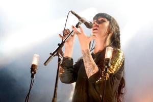 Highasakite gjorde en utmerket konsert på Hvalstrand. (Foto: Joakim S. Enger)