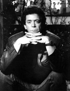 Lou Reed var streng. Dessuten gjemte han seg bak solbriller, da jeg traff han første gang. Og det til tross for at de tunge gardinene var trukket for vinduene. (Foto: All Music)