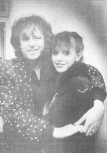 Donovan i 1988, sammen med sin datter Oriole. (Foto: Steinar Buholm)