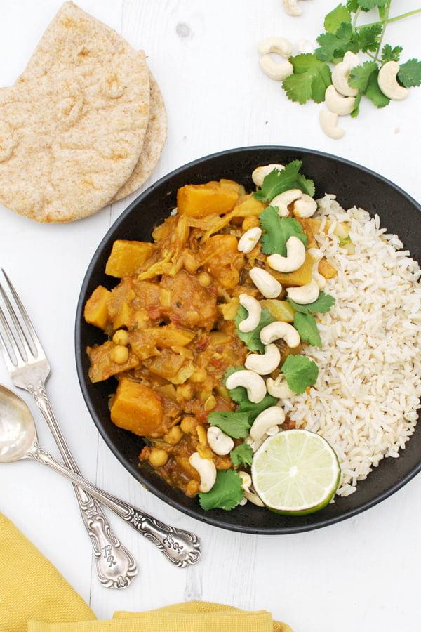 Curry de courge butternut et chou [vegan] par Le Flexitarien 2019 © Annabelle Randles | The Flexitarian