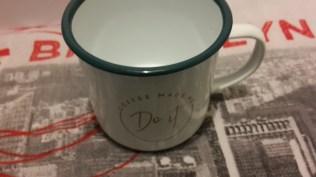 Mug vintage en inox_ coffee made me_do it