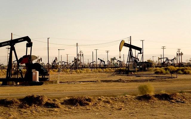 Oil Wells - photo by Tommaso Galli