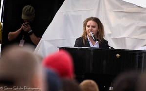 Comedian & musician Tim Minchin really got the crowd riled up with one of the best performances of the day