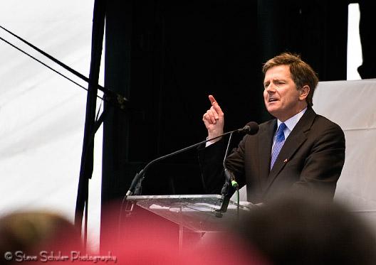 Sean Faircloth, author, politician, and activist delivered an inspiring speech.