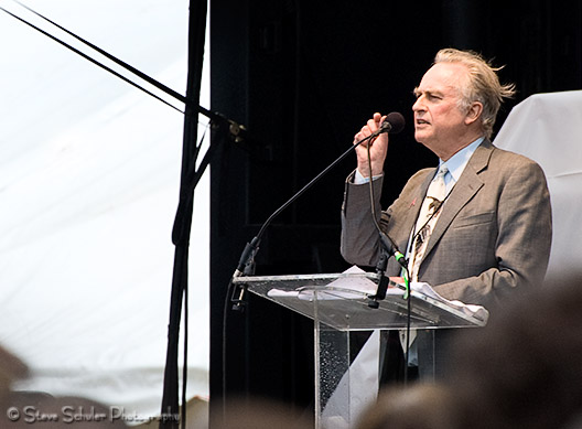Arguably the day's headliner was Richard Dawkins.  He did not disappoint, delivering a typically Dawkinsesque speech. (Notice the towel on the podium - the speakers (and their notes) were getting drenched when the rain would pick up!)