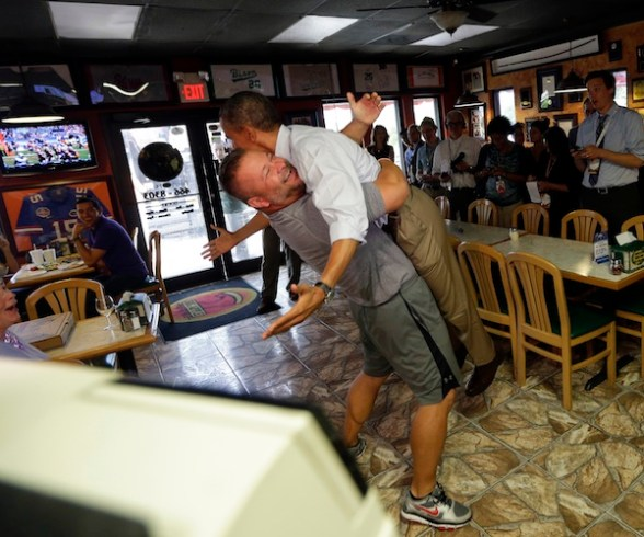 Barack Obama, Scott Van Duzer - pizza shop owner