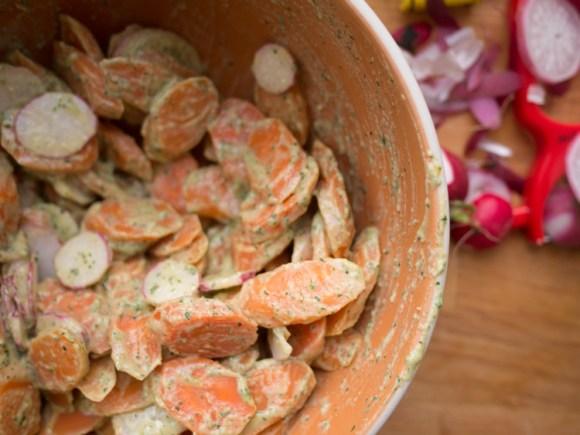 Tahini Carrot Salad
