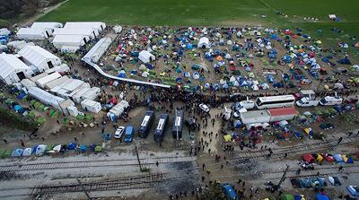 Ειδομένη:   Δείτε το χαρτί αίσχος που μοιράζει το ελληνικό κράτος στους πρόσφυγες, ένα κράτος που κυβερνιέται από δοσίλογους και ριψάσπιδες προδότες...