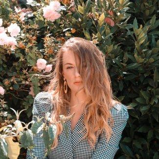 Introducing: Hannah Elkins - Paradise - Lefuturewave