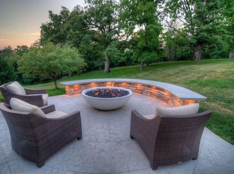 backyard-concrete-patio-and-firepit