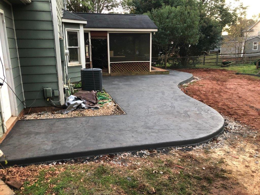 decorative-stamped-concrete-walkway