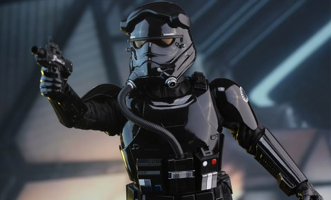 star-wars-first-order-tie-pilot-sixth-scale-hot-toys-feature-902555