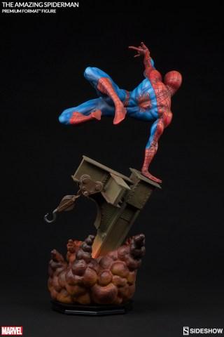 marvel-the-amazing-spider-man-premium-format-300201-06