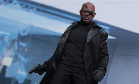 captain-america-the-winter-soldier-nick-fury-hot-toys-feature-902541