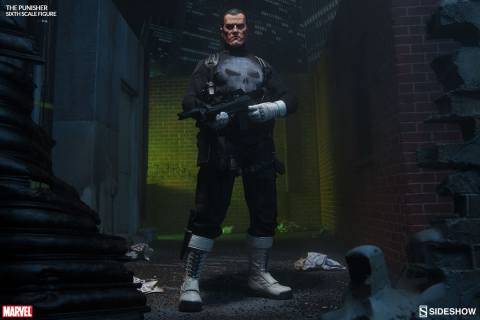 marvel-the-punisher-sixth-scale-sideshow-100212-02