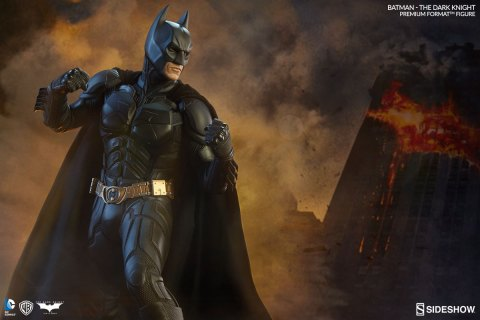 batman-the-dark-knight-premium-format-sideshow-300229-02