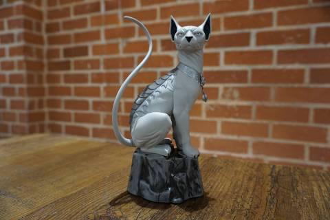 lcsd-2016-lying-cat-statue