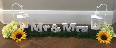 Mr. & Mrs. Sign