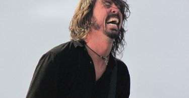 """Dave Grohl"" by Ryanw2313 - Own work. Licensed under CC BY-SA 3.0 via Commons - https://commons.wikimedia.org/wiki/File:Dave_Grohl.jpg#/media/File:Dave_Grohl.jpg"