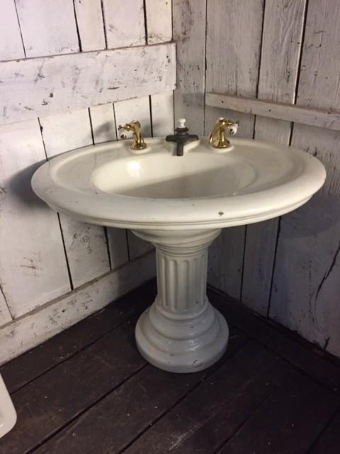 ic1217 antique porcelain sink and pedestal
