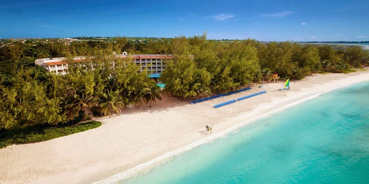 Barbados incentivará a quienes teletrabajen desde la isla por un año