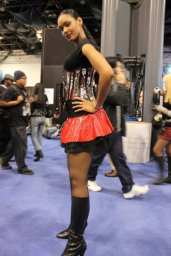 nycc2010-674-400x599