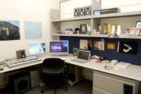 Apple Office (2)