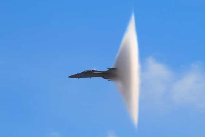 F18 Sonic Boom
