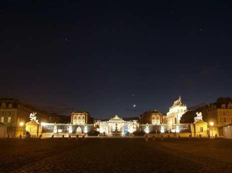 Moon, Venus, Jupiter su Versailles