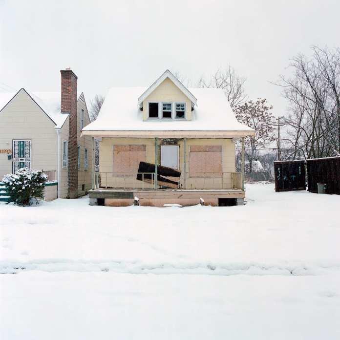 Abandoned houses (100)