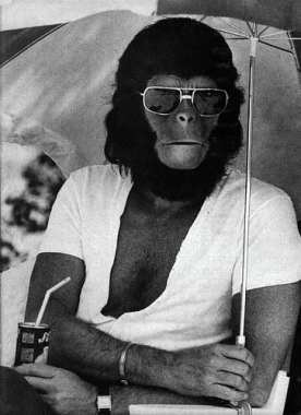 Roddy McDowell behind the scenes Planet of the Apes