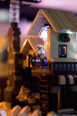 Lego_Winter_Village_2.0_00019