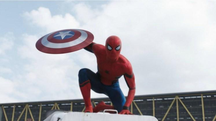 kaptan amerika 3 örümcek adam ile ilgili görsel sonucu