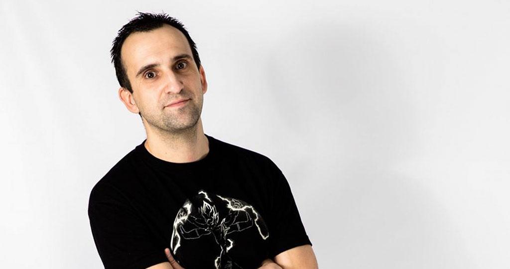 Darío Mares, el profesor de Educación Física que Twitter convirtió en monologuista