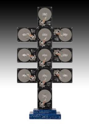 "Rémy Tassou / ""Zettaoctet"" is a Cybertrash sculpture made of harddrives and motherboards. 80X40X19 cm. 12kg."