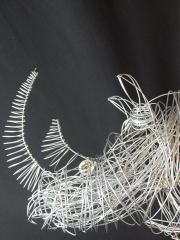 Enzo - Créateur d'objets en fil de fer