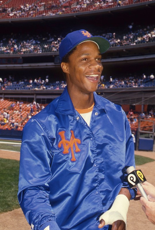 Darryl Strawberry in a New York Mets uniform