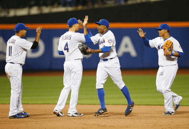 Mets win - Karen Willens AP