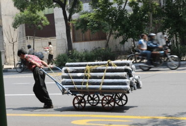 Pulling pipe, Iran