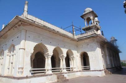 Mosque at Bibi Ka Maqbara