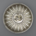 Bowl with a medallion of Omphale, Roman, 1st century AD. Silver and gold. Bibliothèque nationale de France, Département des monnaies, médailles et antiques, Paris